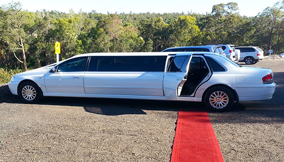 ford limousine perth wine tour