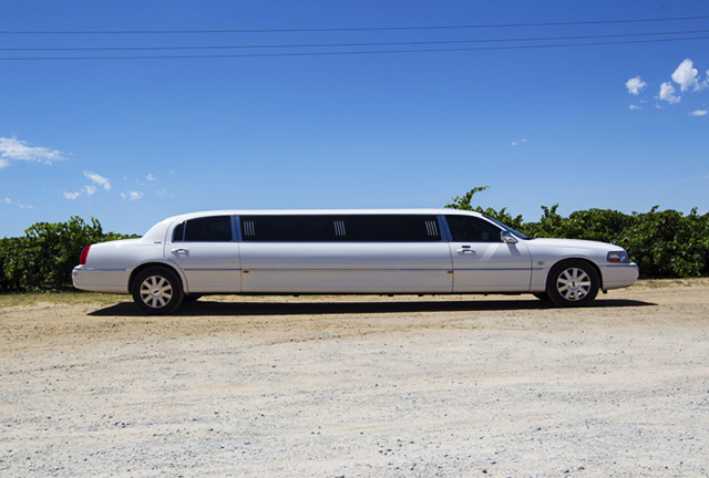 Swan Valley Lincoln limousine tours from Perth